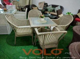 Executive Knee Garden Set Table With 4Chairs