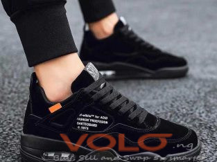 unisex shoes/ sneakers